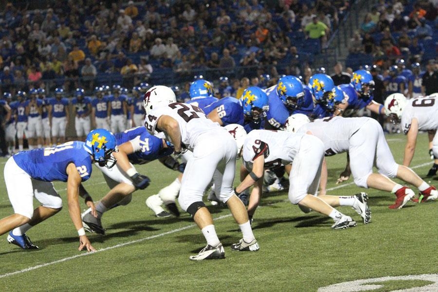 Mustang+Football+vs.+Hutch+9-6-13
