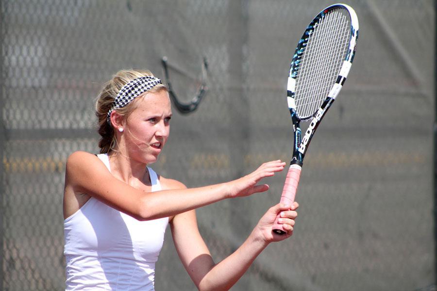 Tennis+team+has+successful+start